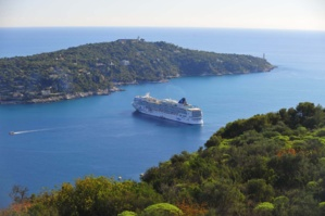 cruiseship in Villefranche bay